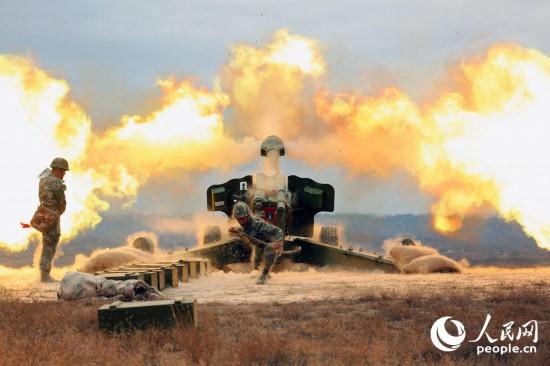火热!直击新疆军区某炮兵团实弹射击大片