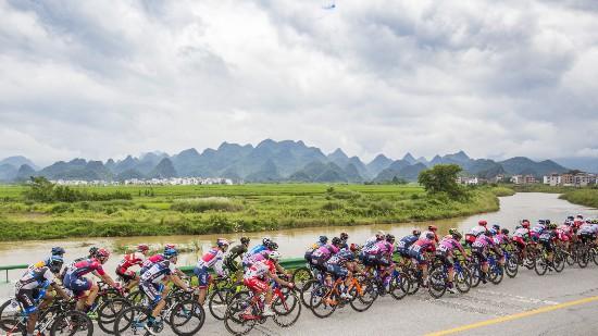 环中国自行车赛台前幕后的故事精彩不断江陵萧