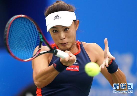 (体育)(5)网球――武汉公开赛:王蔷晋级四强