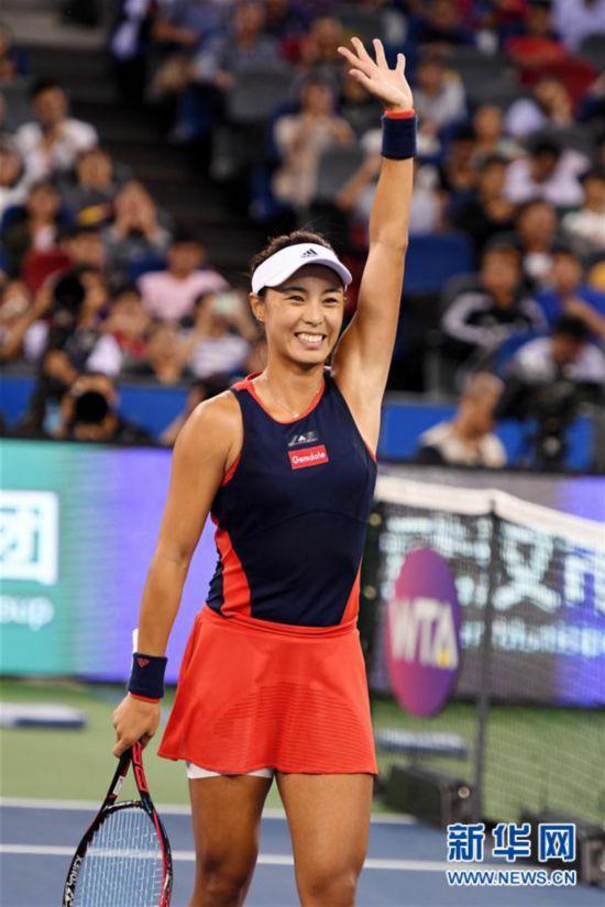 (体育)(1)网球――武汉公开赛:王蔷晋级四强