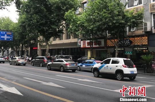 杭州:网约车平台不得向被投诉未核查处理驾驶员派单