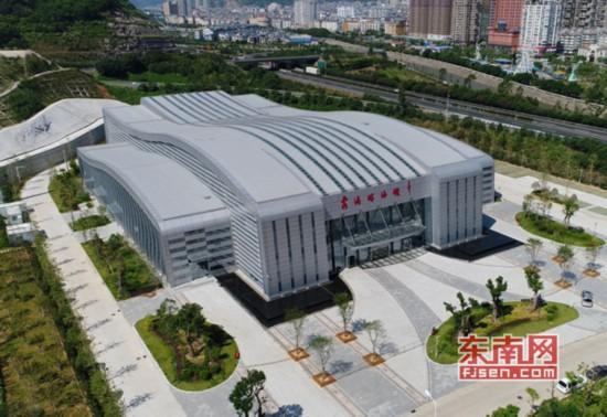 探省运会游泳馆:高标准打造 掀起全民健身新高潮