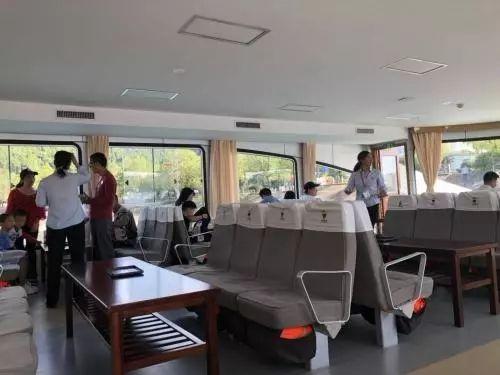 千岛湖游船被停航上舱座位费价格不一工作人员称是领导规定