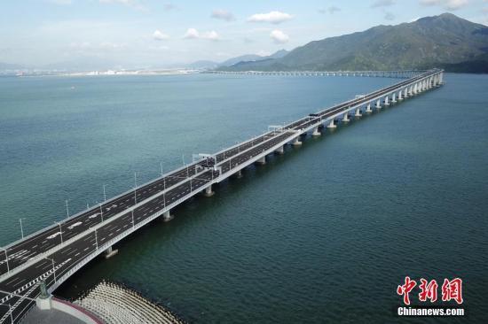 港珠澳大桥联合试运达预期效果三地政府积极为正式开通做准备