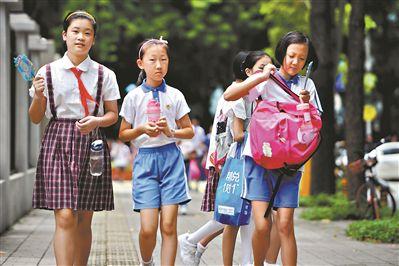 深圳多措并举解决学生午餐午休问题 523所学校可在校内午餐午休
