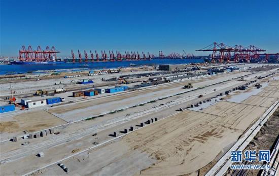 (经济)(1)河北省首个全自动集装箱码头加紧施工