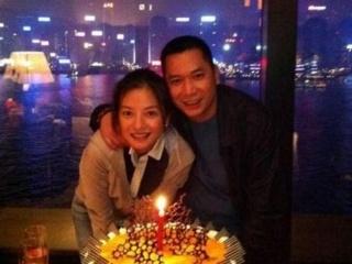 赵薇最好的年华,不是给了老公黄有龙,而是42岁至今未娶的他