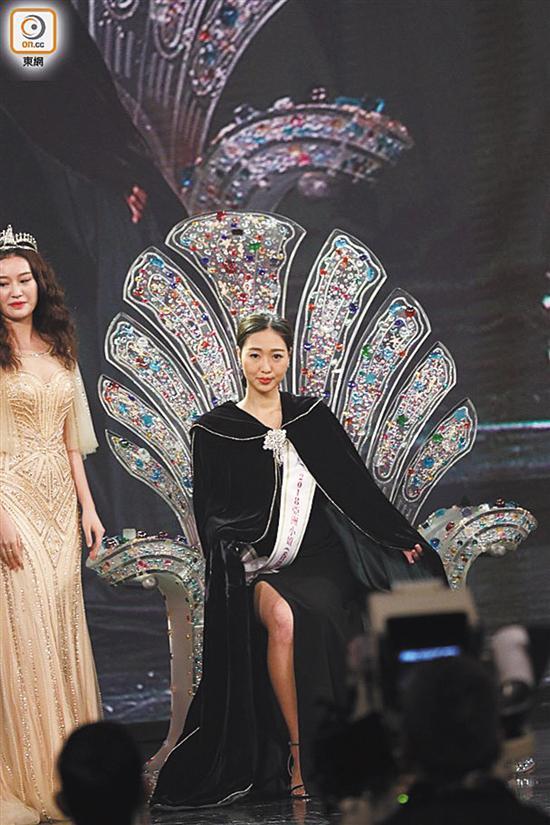 落选港姐梁雪瑶当上亚姐香港赛区冠军 被指长相平平