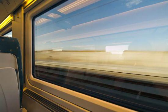 9月份失信人名单公布!这些人不能乘坐飞机和火车!