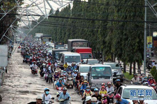 (国际)(4)越南芹苴潮水泛滥
