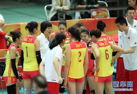 (体育)(5)排球――女排世锦赛:中国胜美国