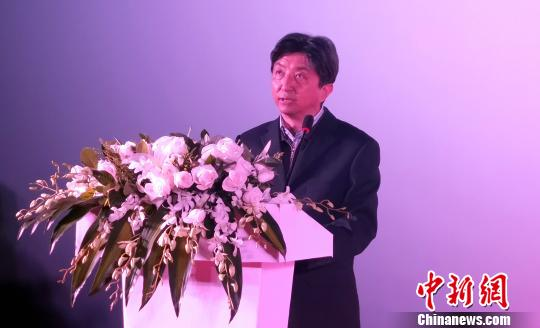 图为西藏自治区新闻出版广电局副局长金美多吉发表致辞。 赵朗 摄