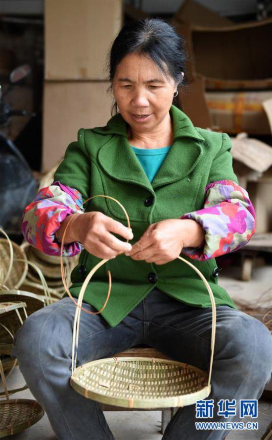 (经济)(4)竹编产业助增收