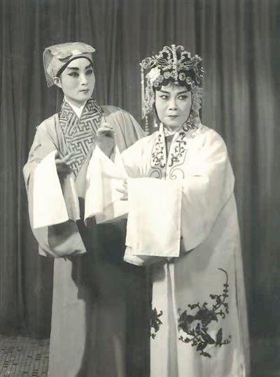 镇江著名扬剧表演艺术家筱荣贵逝世 享年86岁