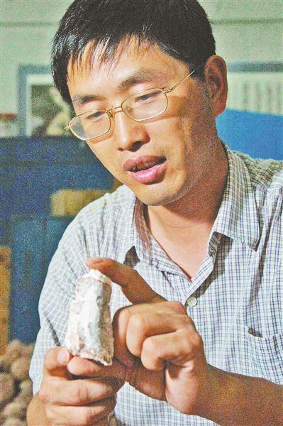 """【热点】""""黄氏河源龙""""命名者吕君昌因病去世终年53岁"""