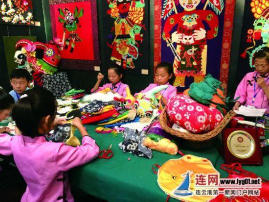 江苏省中小学生艺术展演举行 33个工作坊参展