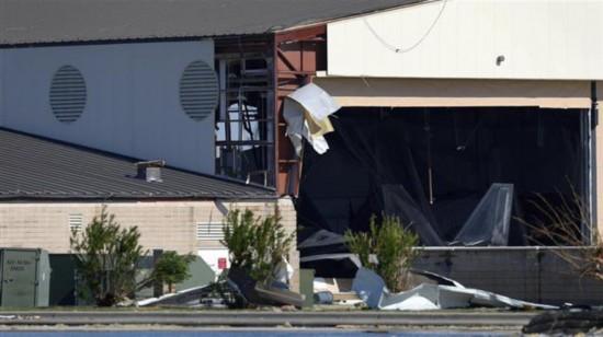 美军F-22战机在飓风中受损55架只转移了33架