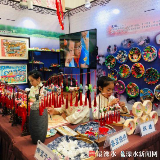 传承蚕文化 南京溧水代表团参加艺术实践工作坊