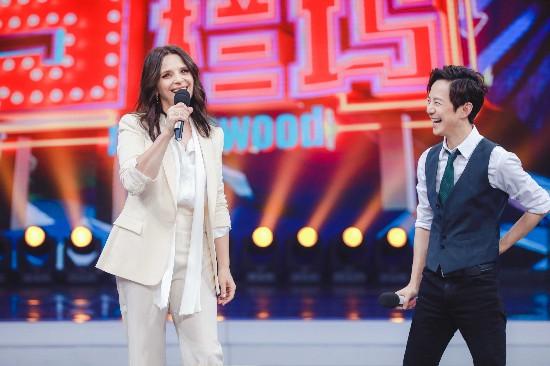 《快乐大本营》朱丽叶-比诺什献中国综艺首秀