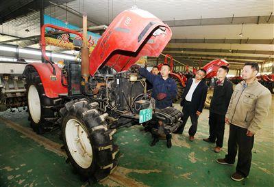 南通海安组织近3万台农业机械助力增产