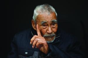 宿迁91岁老兵忆抗战:手榴弹在身旁爆炸我都没动