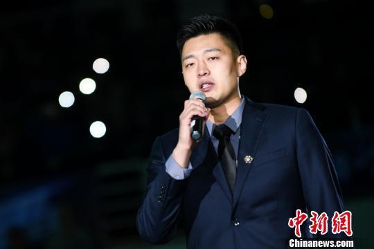 """王非重回CBA取开门红山西""""拼命三郎""""张学文退役"""