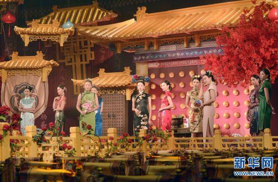 郑州:古装秀礼敬传统文化