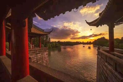 七旬摄影家用相机推介扬州 一组照片阅读量超百万