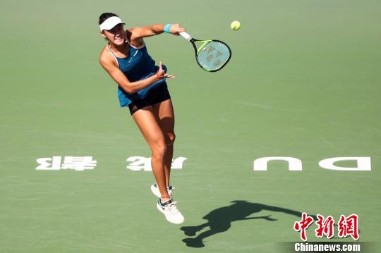 2018国际网联青年大师赛中国小将王曦雨因伤退赛