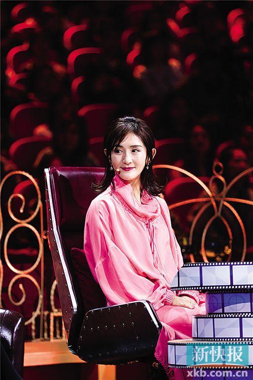 《我就是演员》谢娜搭档杨蓉挑战《芳华》