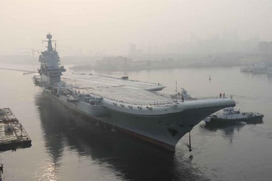 國產航母開啟第三次海試!還帶了一艘特別的軍艦