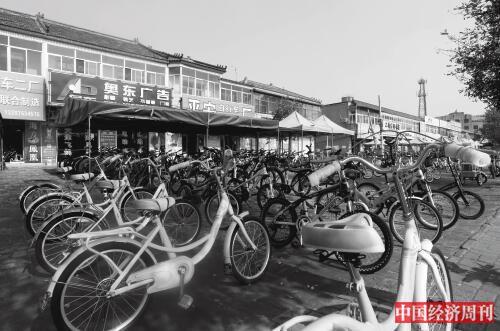 p31 自行车产业是王庆坨镇的支柱产业,其年产量占全国年产量的17。 《中国经济周刊》记者 银昕 I 摄