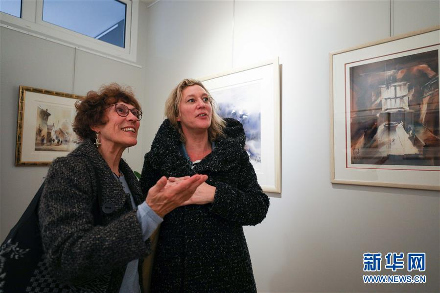 (XHDW)(1)中国旅比画家曹培安在布鲁塞尔举行美术展