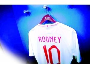 英格兰重召鲁尼归队给英雄老将一场体面的退役赛