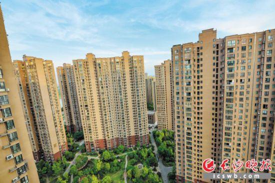 湖南居民住房条件大幅改善,城镇人均住房面积从1978年的3.9㎡提高到2017年的46.5㎡。长沙晚报记者 陈飞 摄