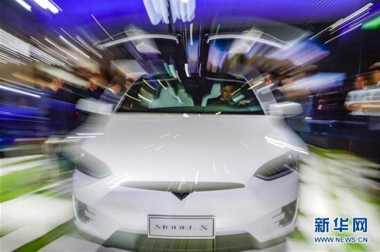 (聚焦进口博览会)(11)走进首届进博会汽车展