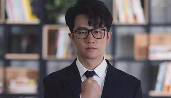 娱乐圈中手很可爱的明星 黄轩手超抢镜邓伦短手萌萌哒