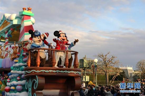 (国际)(2)东京迪士尼举行圣诞巡游