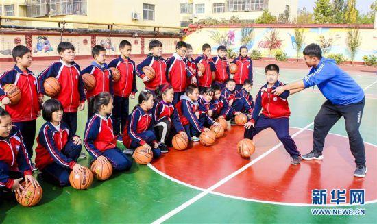 (教育)(4)河北饶阳:社团活动助学生快乐成长