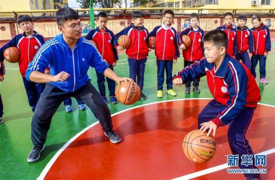 (教育)(3)河北饶阳:社团活动助学生快乐成长
