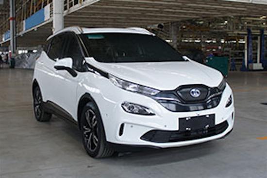 北汽全新小型纯电动SUV EX3广州车展首发亮相