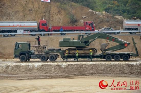 全国公路交通军地联合应急演练在镇江举行