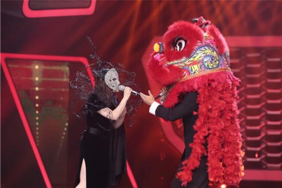 徐佳莹李玖哲两位金曲歌王《蒙面唱将》同台