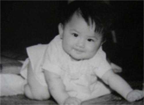 """黄圣依表白家乡上海曝光童年照,被赞""""从小美到大"""""""
