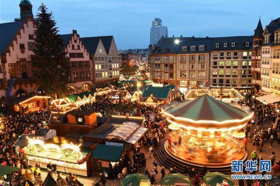 德国法兰克福圣诞市场开张迎客