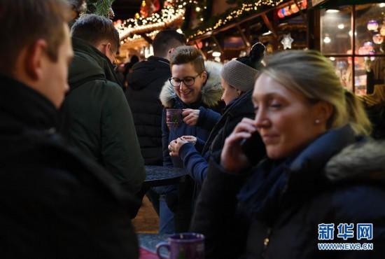 (XHDW)(4)德国法兰克福圣诞市场开张迎客
