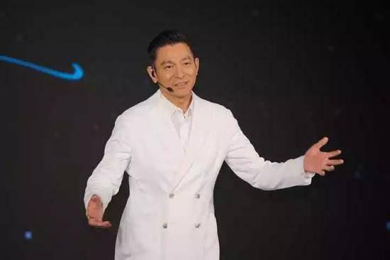 刘德华来杭告状 究竟因为什么事情让天王如此生气?