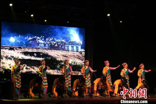 中國西藏民族歌舞走進俄羅斯展文化魅力