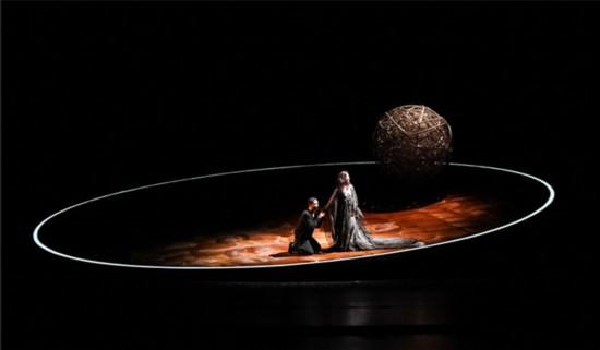 胡军《哈姆雷特》拉开世界巡演大幕