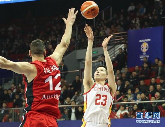(体育)(9)篮球——男篮世界杯预选赛:中国胜叙利亚